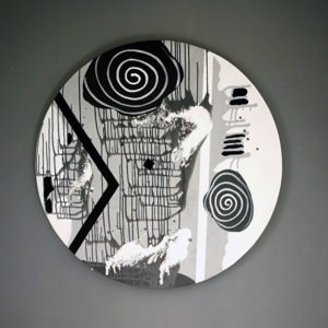 black and white round painting by Thoma Ryse for sale in the online shop of gallery22