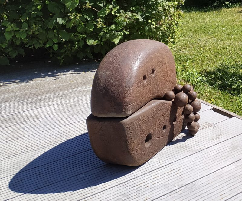 sculpture for the garden in cast iron by Pierre Ribà available in the official shop of gallery 22.
