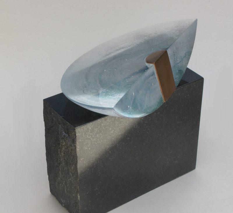 sculpture contemporaine en verre de christian von sydow disponible dans la boutique en ligne de la galerie 22.