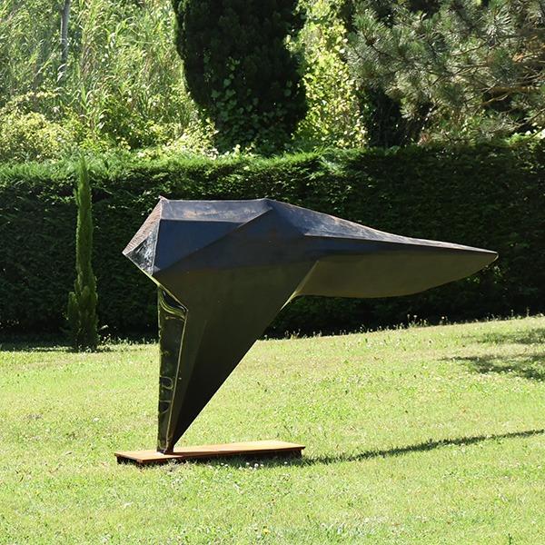 sculpture en corten et inox pour le jardin de julien allegre disponible dans la boutique en ligne de la galerie 22.