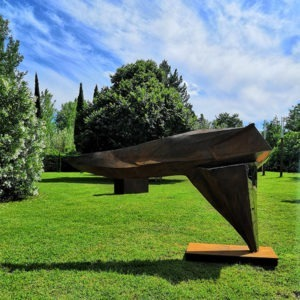 sculpture in corten and stainless steel for the garden of julien allegre available in the online shop of the gallery 22.