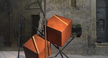 sculpture monumentale en acier de sebastien zanello en vente dans le store de la galerie 22