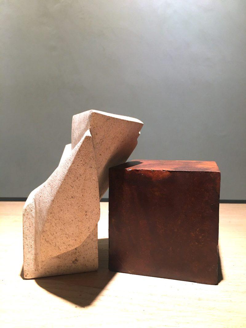 sculpture en acier et pierre de bourgogne de sebastien zanello en vente dans la boutique en ligne de la galerie 22