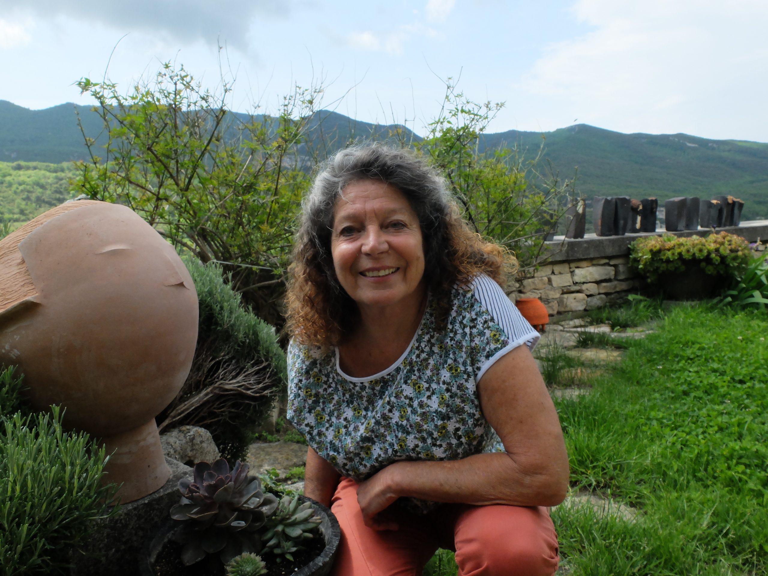 christiane filliatreau est une artiste céramiste de la galerie 22